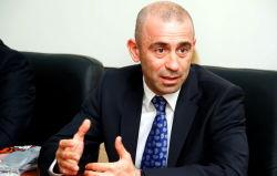 Mustafayev bahalı maşınla qaydanı pozdu - Video