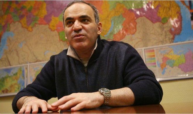 Kasparovdan İrəvan açıqlaması: Sərkisyanın istefası...