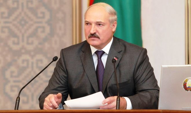 Lukashenko casts his vote