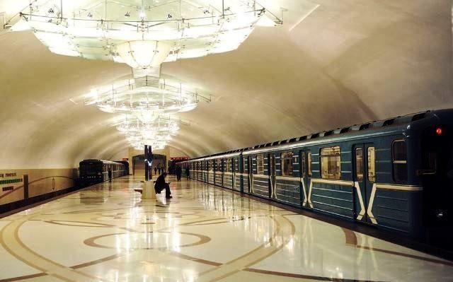 Azərbaycan Rusiyadan metro qatarı alacaq