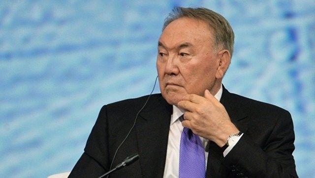 Nazarbayev kiril əlifbasına son qoydu
