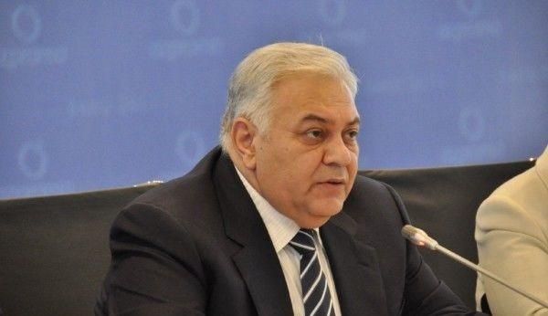Oqtay Əsədov: Danışıqlar davam edə bilməz