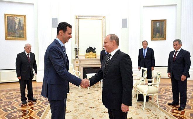 Əsəd Putinin adamları ilə görüşdü: Təzyiq göstərirlər