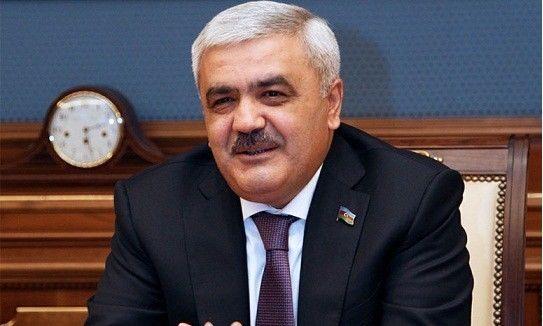 Rövnəq Abdullayev yenidən AFFA prezidenti olur?