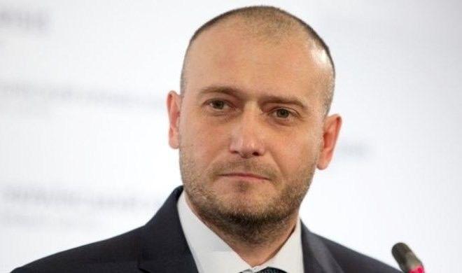 Rusiyanın məhvi üçün məktəblilər toplanır - Deputatdan şok çağırış