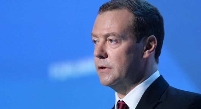 Medvedev: Be prepared for different scenarios