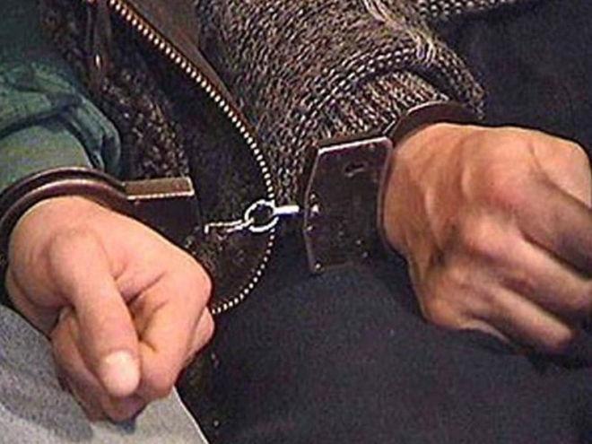 ایسوئچ تهلوکهسیزلیک پلیسی ایرانا جاسوسلوق ائدن شخصی حبس ائتدی
