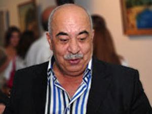 Yaşar Nurinin şəxsi əşyaları oğurlandı