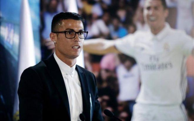 Ronaldo ömürlük müqavilə bağladı