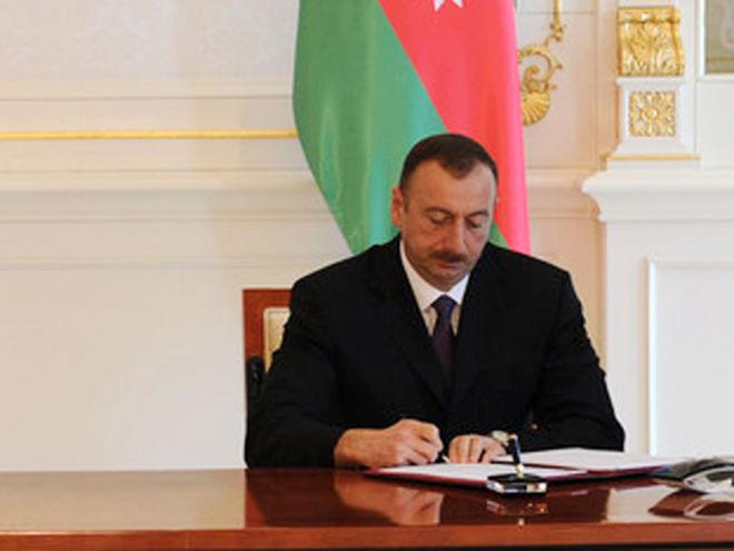 Ильхам Алиев поздравил председателя КНР