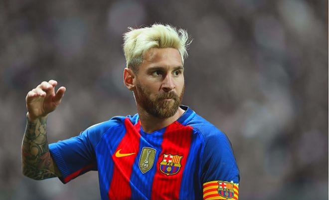 Yalnız 1 dəfə rəqibdən forma istəmişəm - Messi