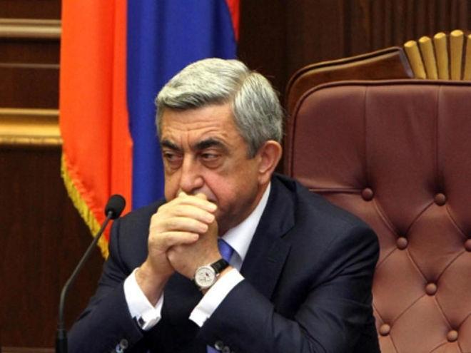 Sərkisyan aviasiyanı məhv etdi - Petrosyan