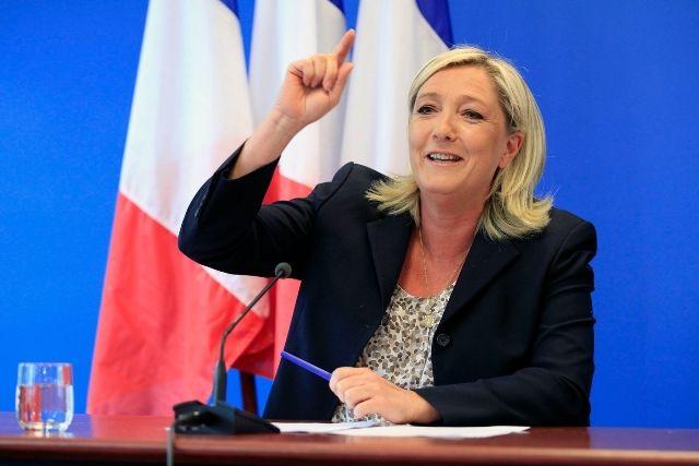 Ле Пен призвала разрушить ЕС изнутри