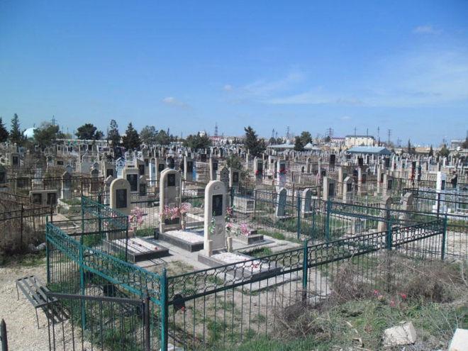 В Азербайджане запретят продавать места на кладбище