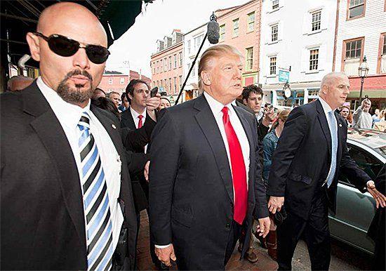 Трампа будут охранять более 200 тайных агентов во Вьетнаме