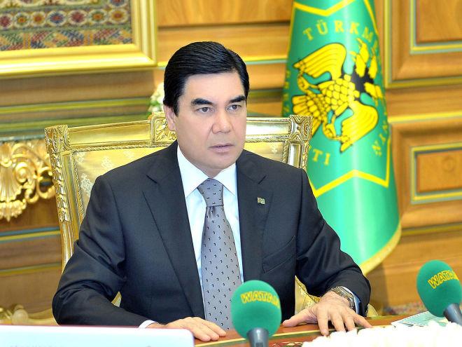 Президент Туркменистана поздравил Ильхама Алиева