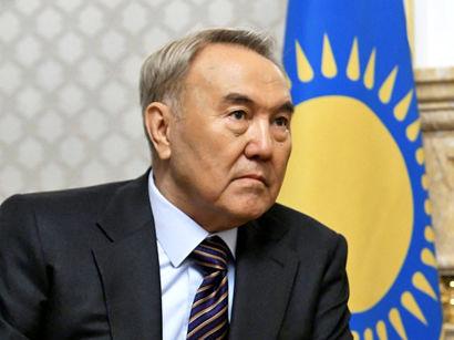 Нурсултан Назарбаев ушел в отставку -
