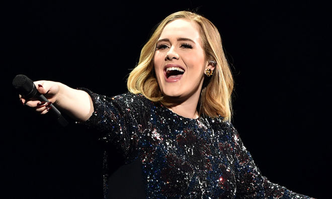 Adele, J.Lawrence had the best night ever at gay bar -