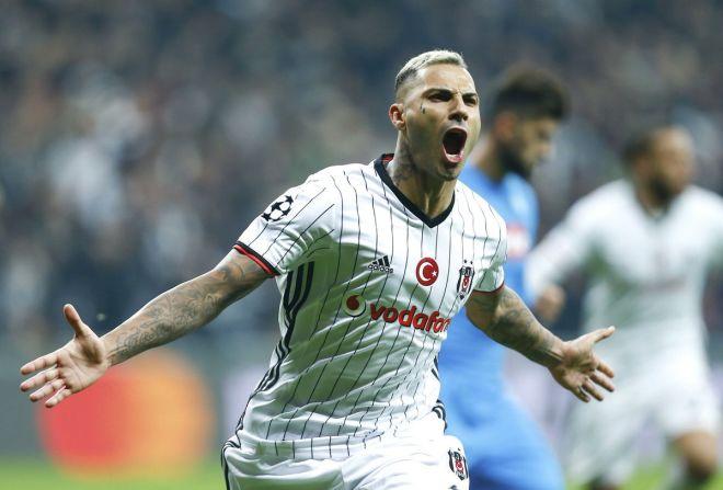 """Əfsanəvi futbolçu """"Beşiktaş""""ı tərk edir - Səbəb"""