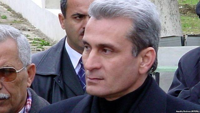 Surət Hüseynov hansı bizneslə məşğuldur?