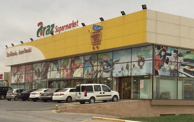 """""""Araz""""ın satıcısı iş yoldaşlarını bıçaqladı:"""