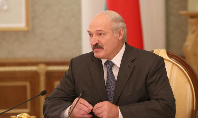 """Lukaşenko koronavirusun """"dərman""""ını açıqladı"""