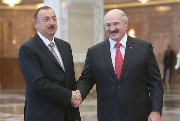 Belarus Bakıya görə İrəvana qapını göstərdi