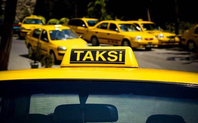 В Баку будут ликвидированы ряд стоянок такси