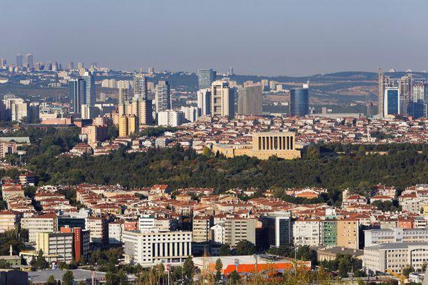 В Турции за сутки от COVID-19 скончались 15 человек