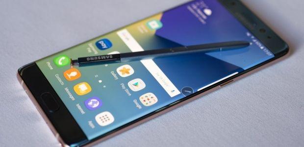 """""""Samsung"""" daxili alkotesterə malik ilk smartfon hazırlayır"""