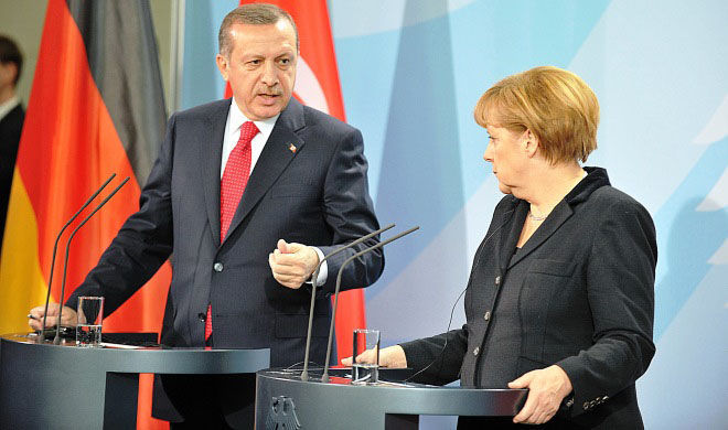 Turkish president, German Merkel spoke on the phone