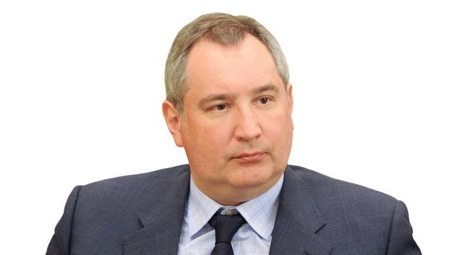 В Москве обстреляли квартиру Рогозина