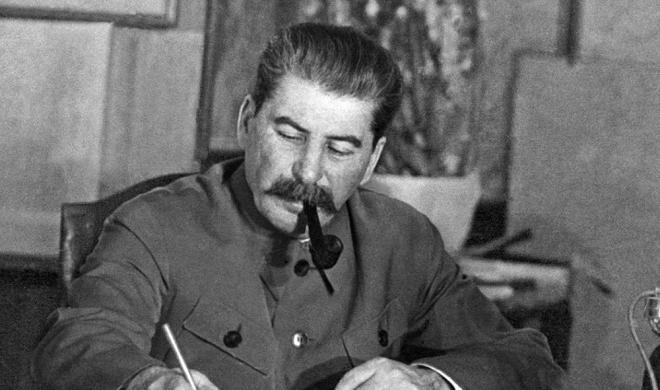 Stalinin Bakıda həbsini əks etdirən - Foto