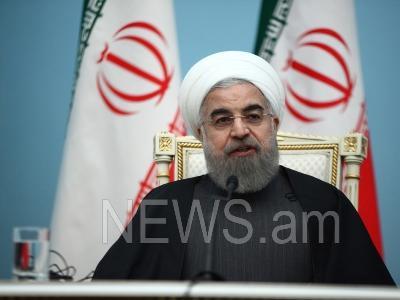 ایران اینقیلابدان سونرا ان آغیر گونلرینی یاشاییر-روحانی