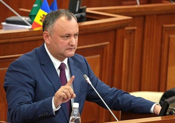 Daha bir ölkə rus diplomatları ölkədən qovur