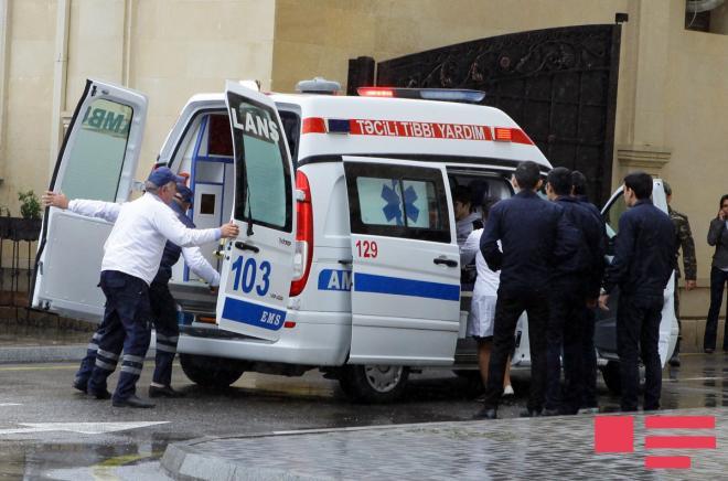 Bakıda vəkil bıçaqlandı