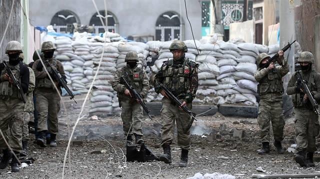 В Турции в перестрелке с террористами погиб военный