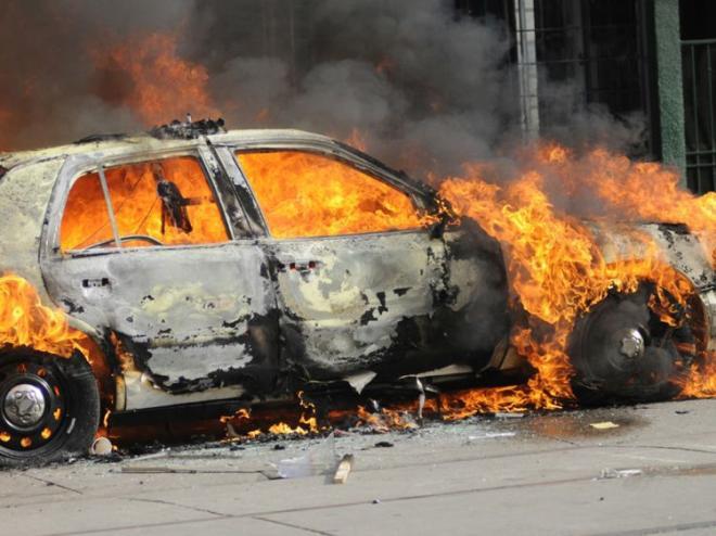 İdlibdə avtomobil partladıldı: 6 ölü, 25 yaralı...