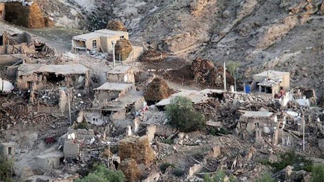 ایراندا زلزله: ۱۶ نفر یارالاندی