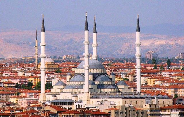 Türkiyədə siyasi meydan qızışır: 10 partiya seçkilərə qoşuldu