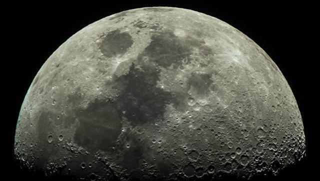Ученые доказали наличие льда на поверхности Луны