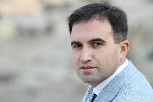 Hacı Nuran xalq artistini əməliyyat etdirməyəcək?