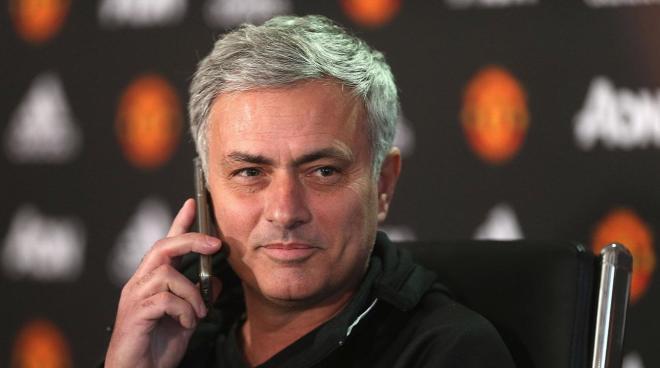 Mourinyo tıxaca düşdü, oyuna piyada getdi