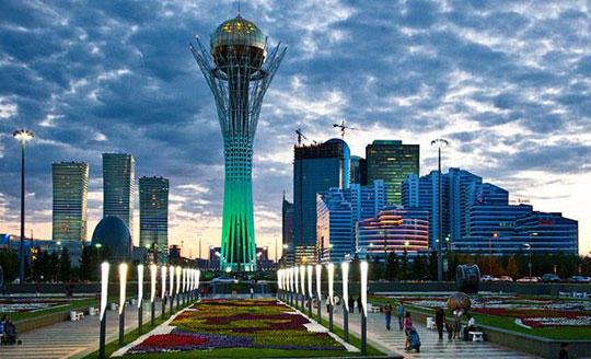 Qazaxıstanın mərkəzi küçələrinin də adı dəyişdirildi