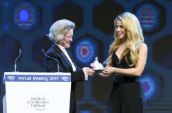 Shakira was awarded in Davos Forum