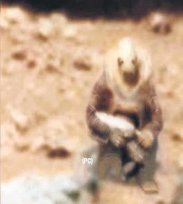 Marsda yadplanetli döyüşçü tapıldı – Video