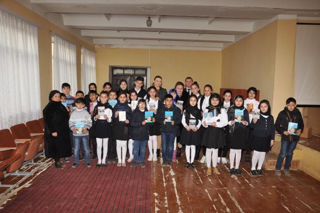 Millət vəkili uşaqlar üçün Kitab Günü keçirdi – Foto