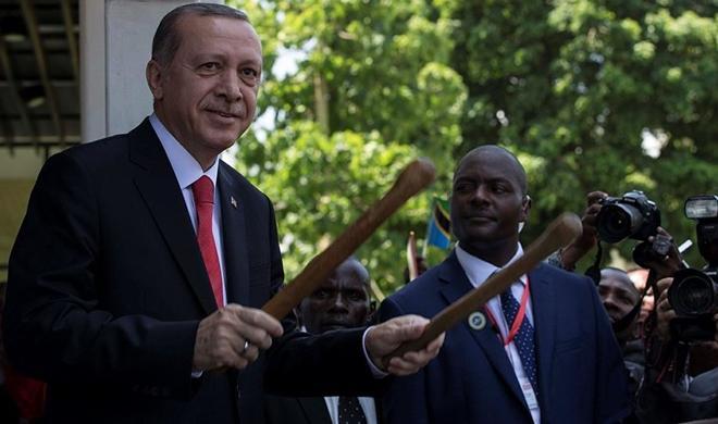 اردوغان آفریکادا داوول چالدی - فوتو