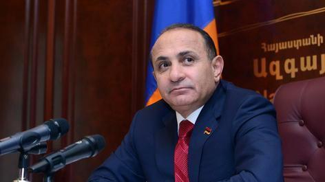 ارمنیستانین کئچمیش باش ناظری جریمهلندی