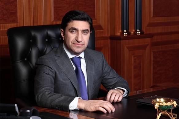 """Azərbaycanlı milyarderlər yenə """"əmlak kralları"""" oldu"""